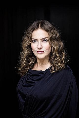 Porträt der Schauspielerin Yvonne Ruprecht.