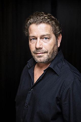 Porträt des Schauspielers Zacharias Preen.