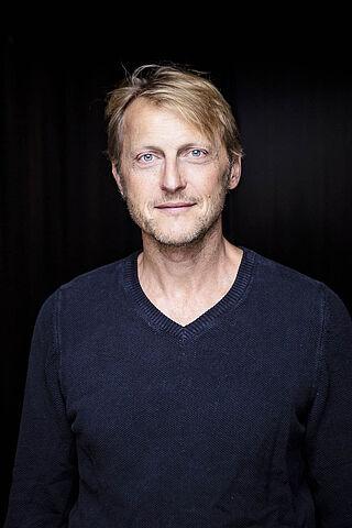 Porträt des Schauspielers Imanuel Humm.