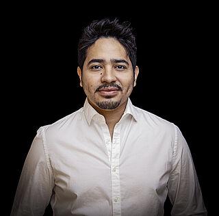 Portrait von César Cortéz