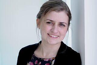 Porträt der Ausstatterin Marie Rosenbusch.