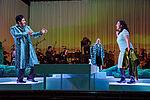 César Cortéz als Graf Belfiore und Mariasole Mainini als Sandrina, gemeinsam singend