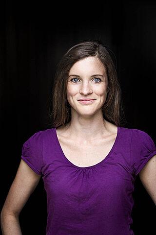 Porträt der Schauspielerin Jennifer Böhm.
