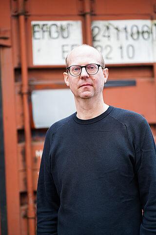 Porträt von Erik Langer, Gitarrist von Kettcar