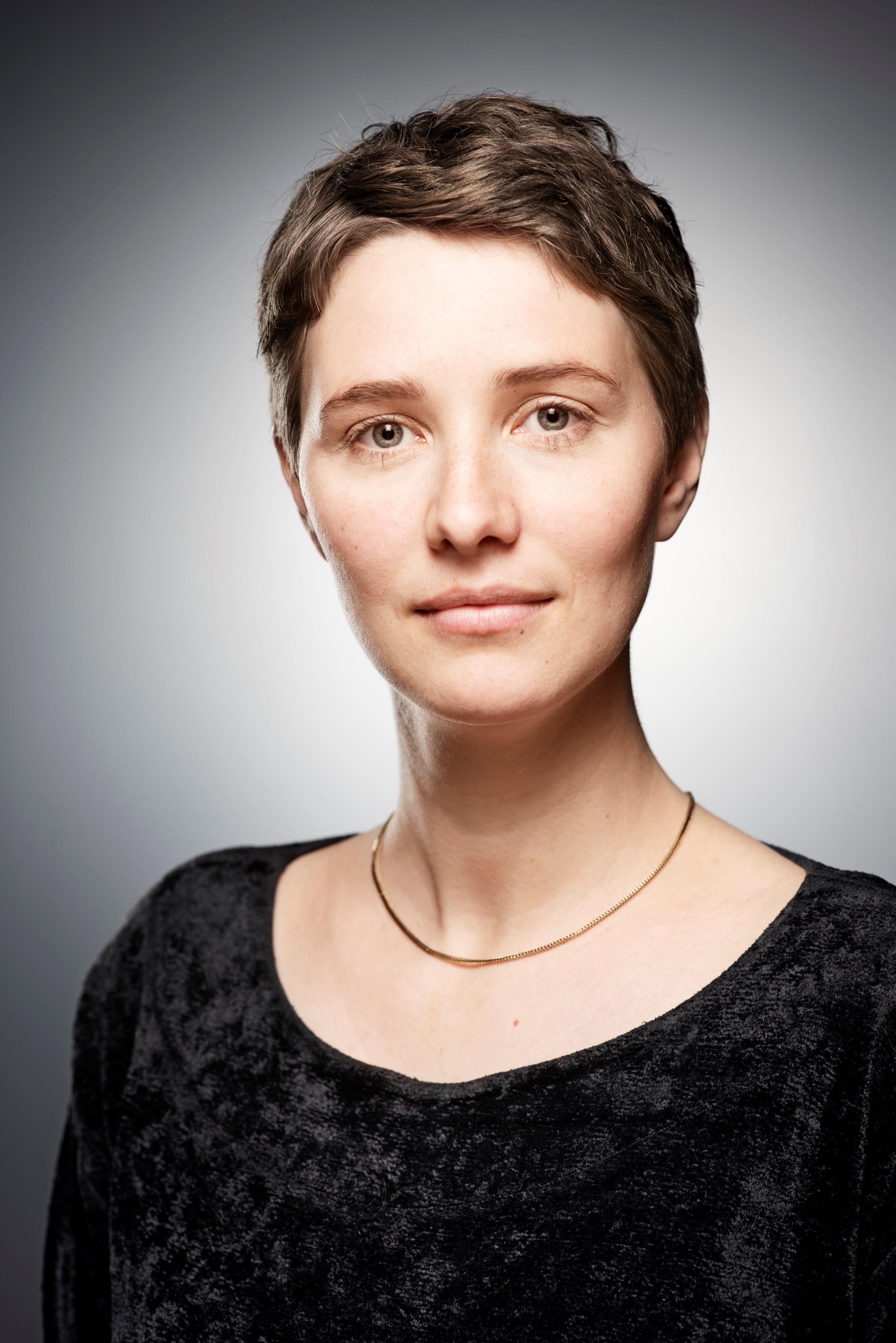 Porträt der Dramaturgin Elisa Elwert